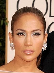 Contestant Makes J. Lo Cry