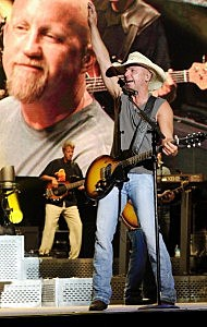 Kenny Chesney Live On Stage