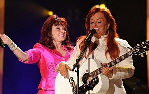 Judds Perform At The Girls Night Out Concert
