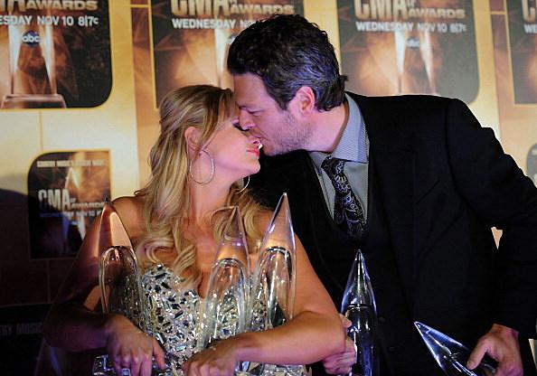 Blake and Miranda Kissing
