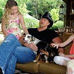 Trace Adkins And His Daughters