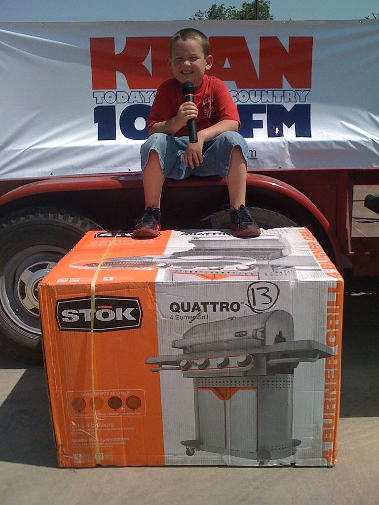 4 year old Bryson Todd Winning Top KEAN Hog Caller