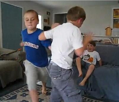 2 Boys Fighting