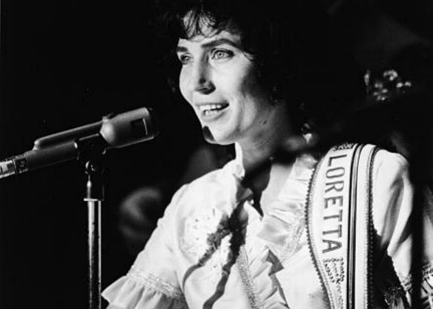 Loretta Lynn on stage, 1960's