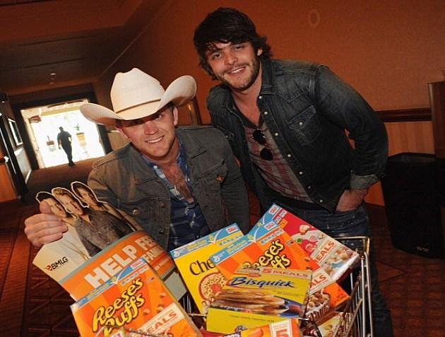 Justin Moore & Thomas Rhett General Mills Outnumber Hunger