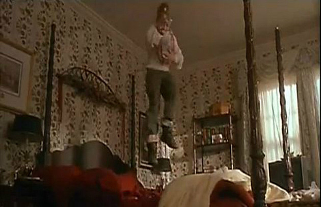 Home Alone - Jumping on the Bed
