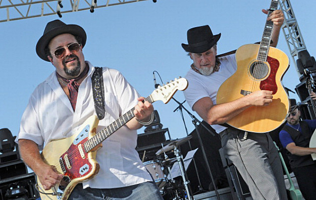 Raul Malo and Robert Reynolds of The Mavericks