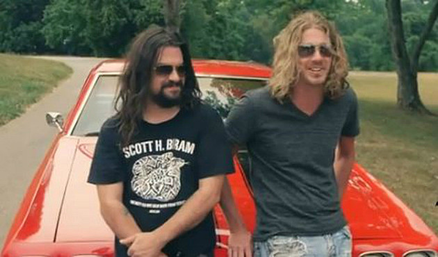 Shooter Jennings and Bucky Covington Making the Video for 'Drinking Side of Country'