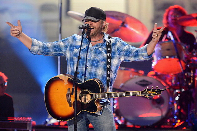 Toby Keith performs onstage at the 2012 CMT Music awards