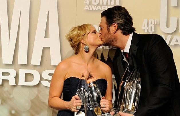 Miranda and Blake smooching