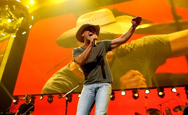 Kenny Chesney performs onstage