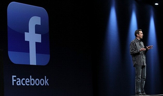 Developers Conference begins with a Facebook integration as part the new operating system