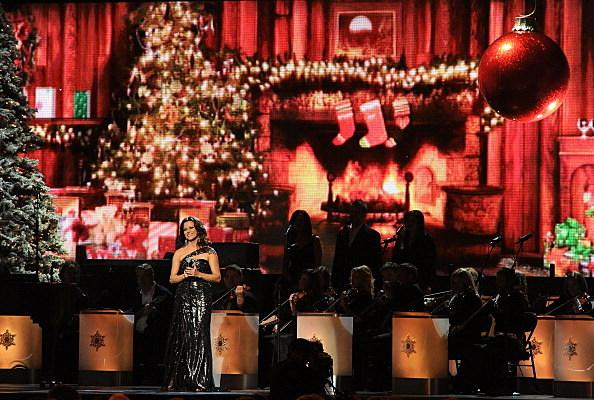 CMA Country Christmas-Martina