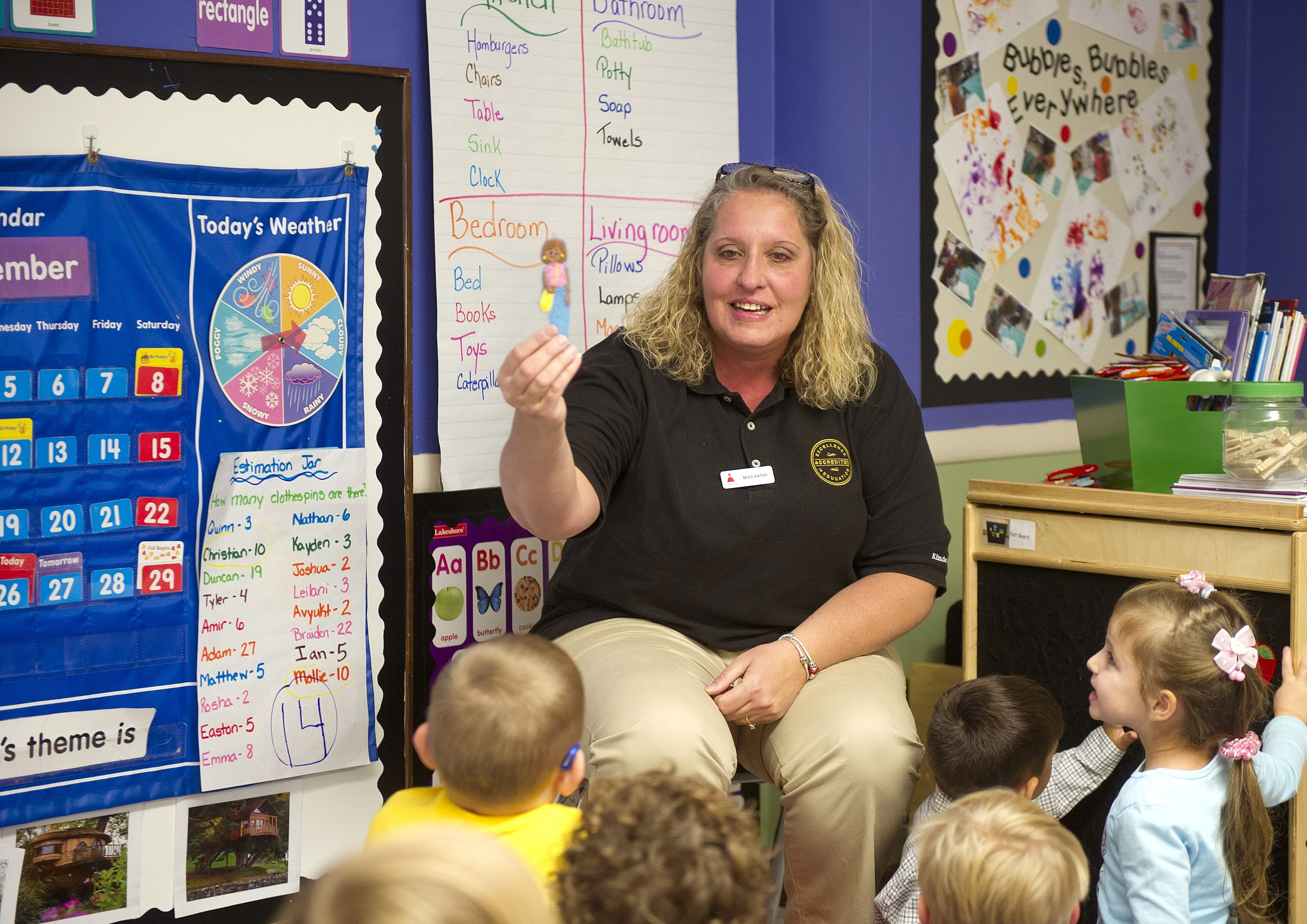 Pittsburgh, PA teacher Is Surprised With A $10,000 Check And Award From Knowledge Universe